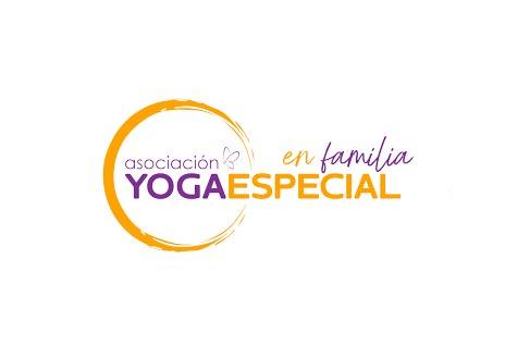 Formación Yogaespecial en Familia